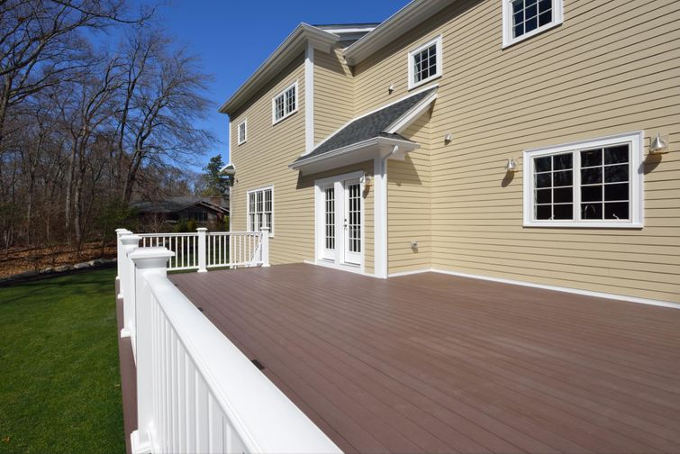 A deck made of the 20 foot composite boards.